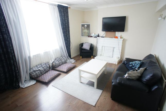 Thumbnail Flat for sale in Old Church Road, London