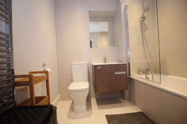 2 Bed Flat To Rent In Aria Apartments Chatham Street Leicester Le1