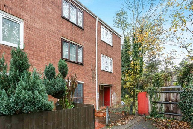 Thumbnail Property for sale in Detmold Road, Clapton