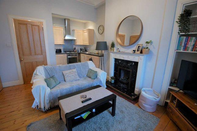 Lounge/Kitchen of Perth Street, Edinburgh EH3
