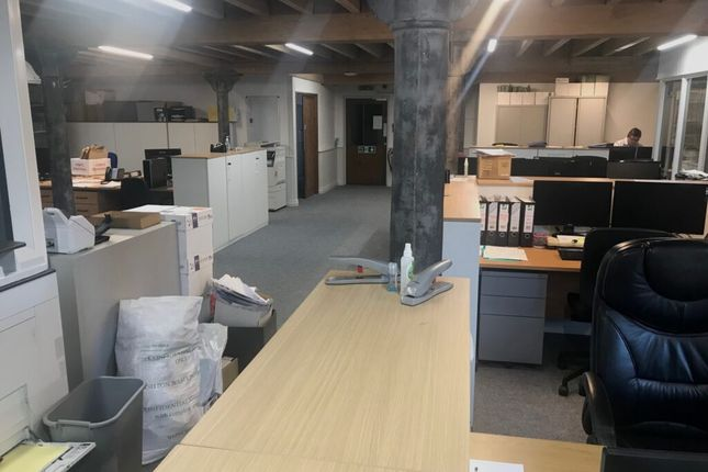 Thumbnail Office to let in Burnley
