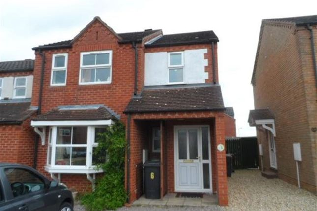 Thumbnail Town house to rent in Megs Lane, Navenby, Lincoln
