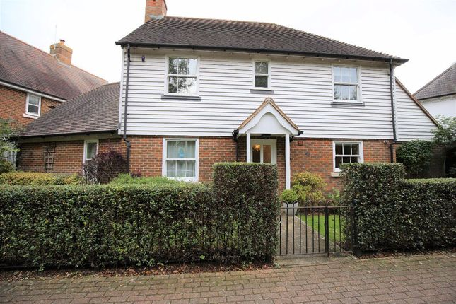 Thumbnail Property to rent in Alexander Grove, Kings Hill, West Malling