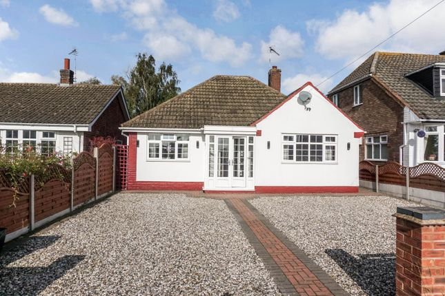 Thumbnail Detached bungalow for sale in Knowle Hill, Hurley, Atherstone