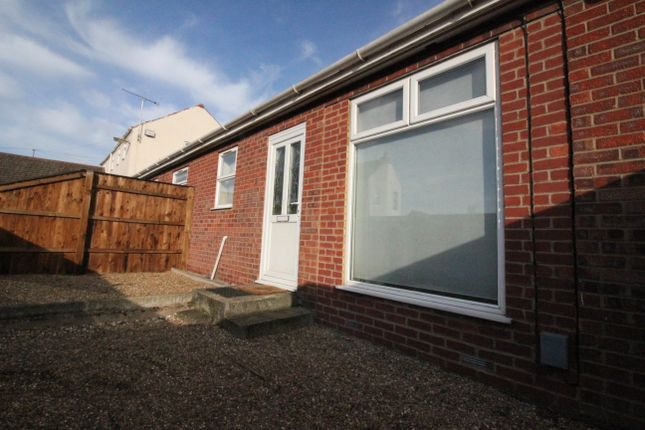 Thumbnail Detached bungalow to rent in The Courtyard, Norwich