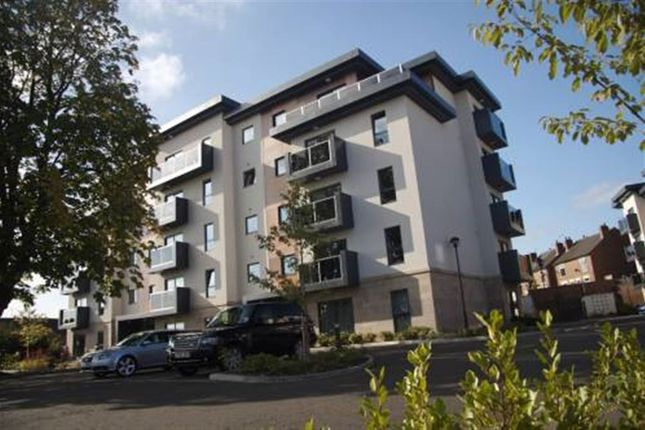 1 bed flat to rent in Field View, Bradbury Place, Chatsworth Road, Chesterfield, Derbyshire
