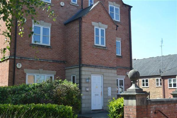 Thumbnail Flat to rent in St. Giles Row, Lower High Street, Stourbridge