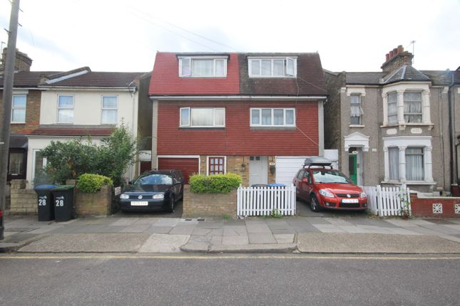 Thumbnail Town house for sale in Croyland Road, London
