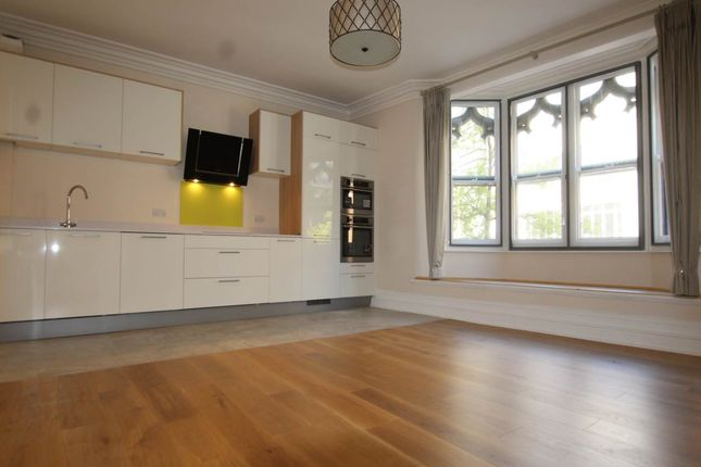 2 bed flat to rent in Queens Chambers, 3 King Street, Nottingham