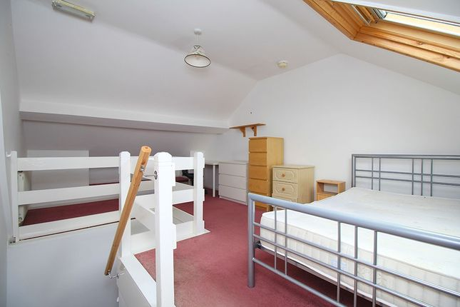 4 bed shared accommodation to rent in Leopold Street, Loughborough LE11