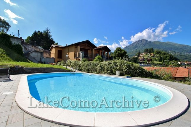 2 bed apartment for sale in Menaggio, Lake Como, Italy