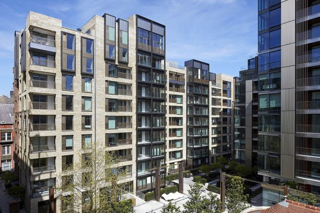 Studio to rent in Fitzroy Place, Fitzrovia, London