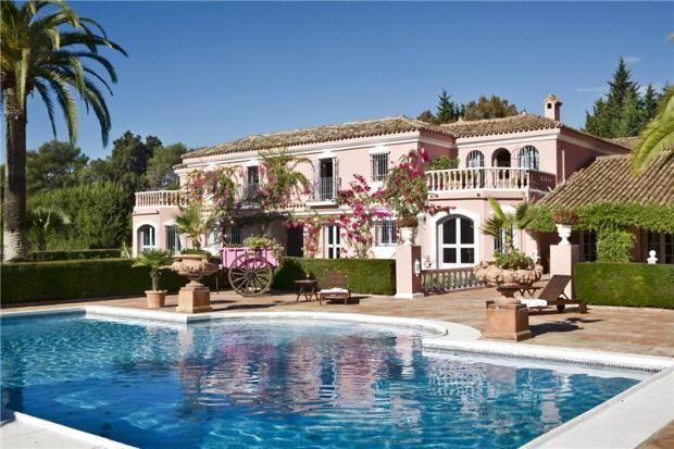 9 bed property for sale in Sotogrande Costa, Sotogrande, Andalucía, Spain