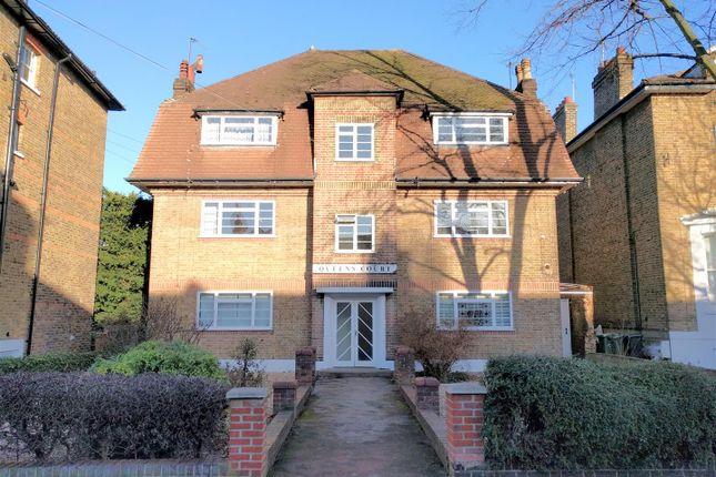 2 bed flat for sale in Queens Road, Twickenham