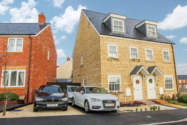 3 bed semi-detached house to rent in Stafford Road, Sherborne, Dorset DT9