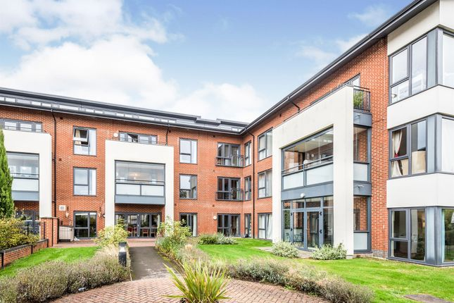 2 bed flat for sale in Craufurd Road, Cowley, Oxford OX4