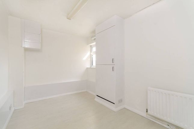 Thumbnail Flat to rent in Westmoreland Road, Bromley BR2, Bromley,