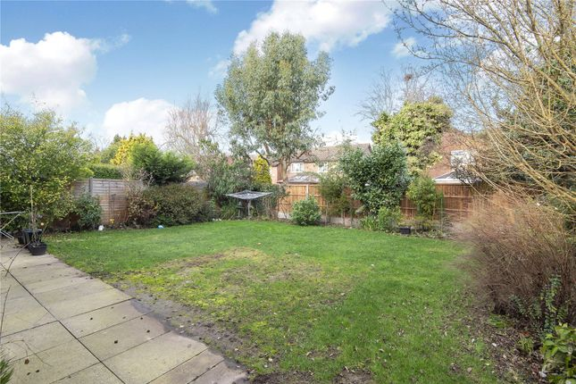 Picture No. 10 of Ladygate Lane, Ruislip, Middlesex HA4