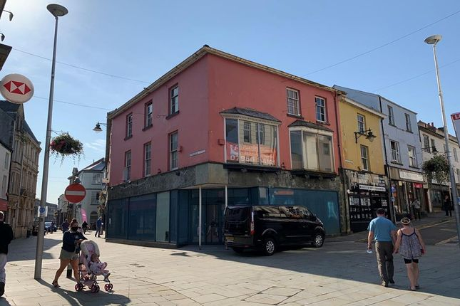 Thumbnail Retail premises to let in Lion House, 2 Commercial Street, Pontypool