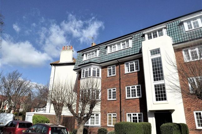 Thumbnail Flat to rent in Hereford Road, Southsea