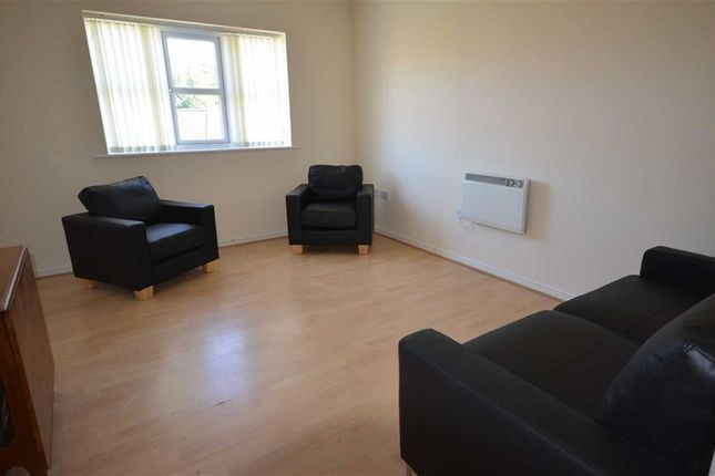 2 bed flat to rent in Signal Drive, Monsall, Manchester, Greater Manchester