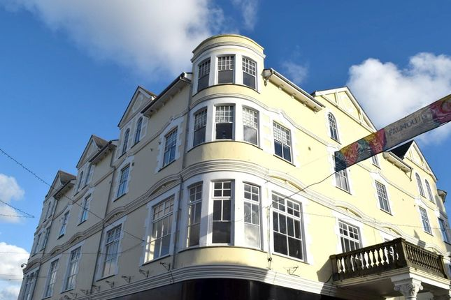 Thumbnail Flat to rent in Prince Of Wales Pier, Falmouth