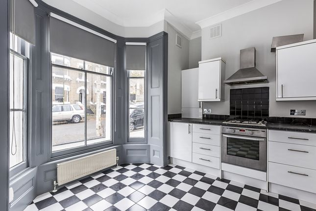 Thumbnail Maisonette to rent in Camden Hill Road, London