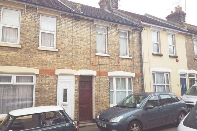 Thumbnail Terraced house for sale in Ingle Road, Chatham