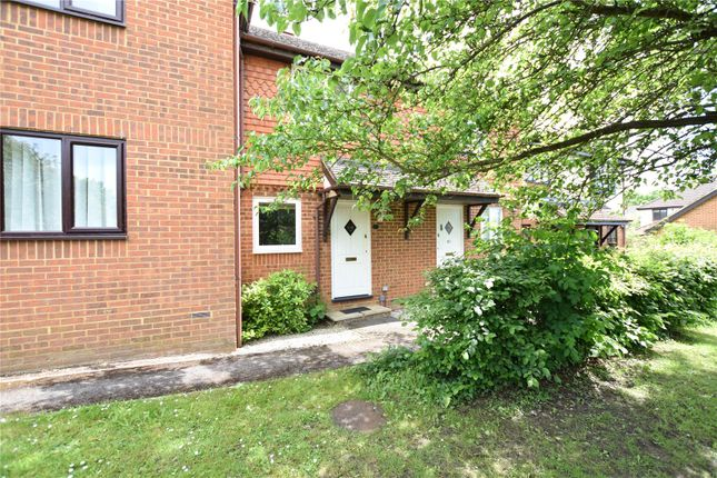 Thumbnail Terraced house for sale in Yorkshire Place, Warfield, Bracknell, Berkshire