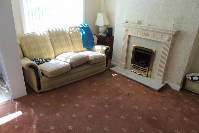 Lounge2 of Ismay Street, Walton, Liverpool L4