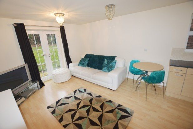 2 bed flat to rent in Mosborough, Sheffield S20