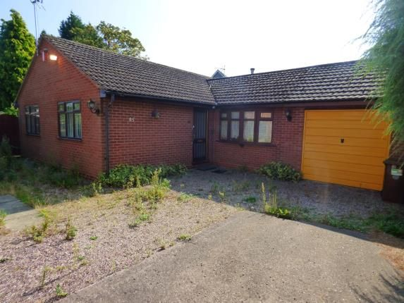 Thumbnail Bungalow for sale in Coleshill Street, Fazeley, Tamworth, Staffordshire