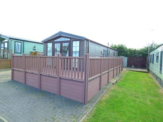 Thumbnail Mobile/park home for sale in Riverview Park, Station Road, Cogenhoe, Northamptonshire