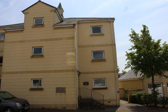 Thumbnail Flat for sale in Aberdeen Avenue, Manadon Park, Plymouth