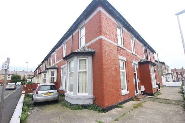 Thumbnail Flat for sale in Braithwaite Street, Blackpool