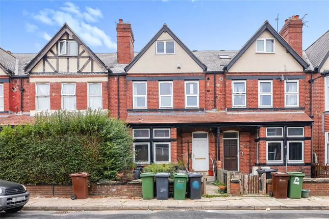 4 bed flat for sale in Hamilton Avenue, Leeds LS7