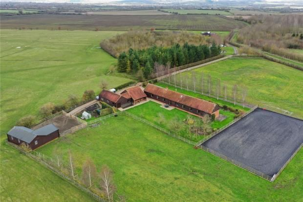Thumbnail Barn conversion for sale in Water Lane, Ford, Aylesbury