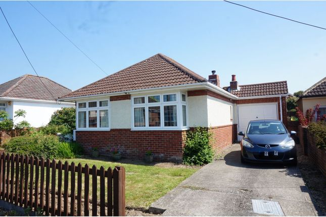 Thumbnail Detached bungalow for sale in Chaucer Road, Thornhill, Southampton