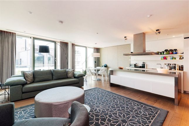 Thumbnail Flat to rent in Wardour Street, London