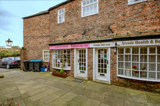 Retail premises to let in Court Arcade, Thirsk