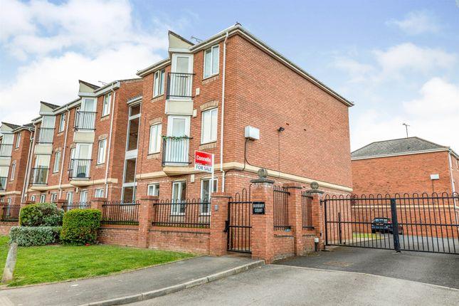 Thumbnail Flat for sale in Burbury Court, Emscote Road, Warwick