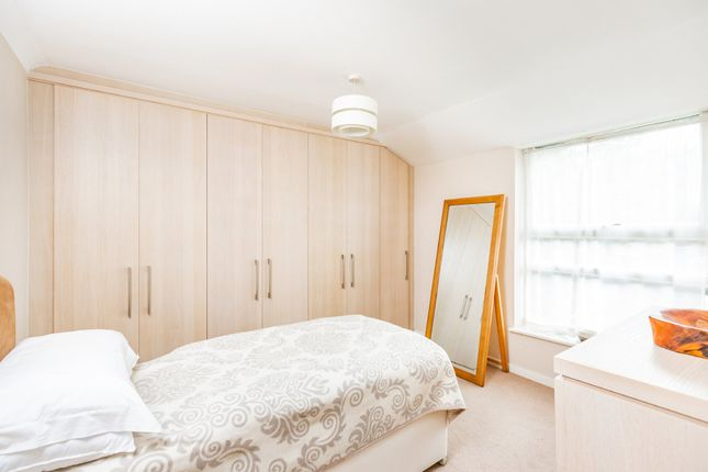 Bedroom of Coltstead, New Ash Green, Longfield DA3