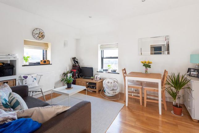 Thumbnail Flat to rent in Crispin Place, Wallingford