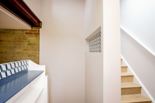 Features of Montpelier Grove, Kentish Town NW5