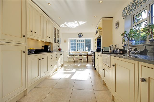 3 bed semi-detached house for sale in Yarmouth Close, Crawley
