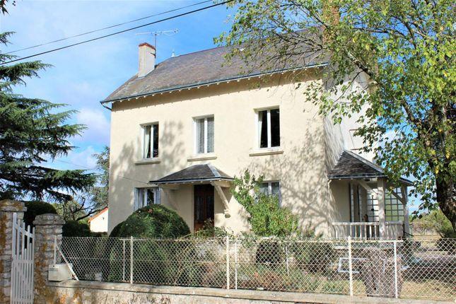 Thumbnail Detached house for sale in Poitou-Charentes, Vienne, L'isle Jourdain