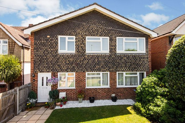 Thumbnail Flat for sale in Fullers Way South, Chessington