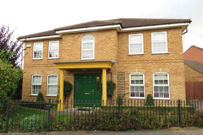 Thumbnail Property to rent in Whimbrel Close, Rugby