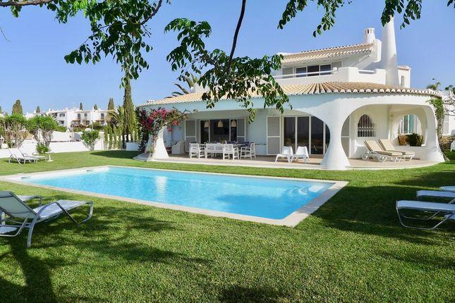 Villa for sale in Albufeira, Algarve, Portugal