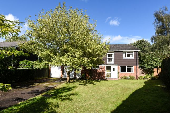 Thumbnail Detached house for sale in Woolton Hill, Newbury